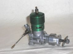 "RARE,NEW-IN-BOX, DC/ALLBON ""RAPIER"" GREEN HEAD, 2.5cc DIESEL MODEL ENGINE | eBay"