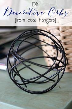 How to Make Stylish Decorative Orbs from Coat Hangers 2019 Love these modern decorative orbs! Can't believe they came from coat hangers. The post How to Make Stylish Decorative Orbs from Coat Hangers 2019 appeared first on Metal Diy. Wire Hanger Crafts, Wire Hangers, Wire Crafts, Plant Hangers, Metal Crafts, Metal Coat Hangers, Clothes Hangers, Metal Tree Wall Art, Metal Artwork