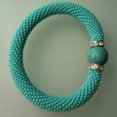 480 × 479 pixels The Effective Pictures We Offer You About crochet blanket patterns A quality picture can tell you many things. Crochet Beaded Bracelets, Beaded Cuff Bracelet, Bead Crochet Rope, Beaded Earrings, Beaded Jewelry, Diy Jewelry Charms, Diy Jewelry Making, Diy Schmuck, Schmuck Design