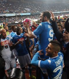 Gonzalo Higuain of Napoli celebrates after the Serie A match between SSC Napoli and Frosinone Calcio at Stadio San Paolo on May 14, 2016 in Naples, Italy.