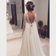 Maravillosa Laura Vestido en crepe, organza de seda y georgette de seda, mangas…