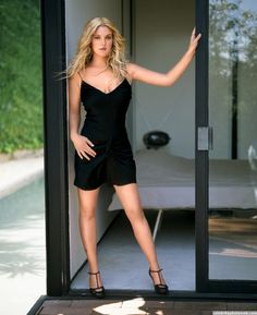Drew Barrymore Sexy Photo #1
