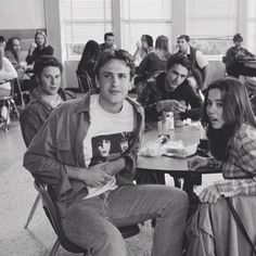 Freaks and Geeks. Such a shame that this show was cancelled prematurely. Freeks And Geeks, Cinema Tv, James Franco, James 3, Movies Showing, Movies And Tv Shows, Tv Times, Himym, Film Serie