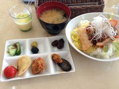 小豆島産オリーブオイルを楽しむカフェ オリヴァス (小豆島町その他/カフェ)★★★☆☆3.00 ■予算(昼):¥1,000~¥1,999