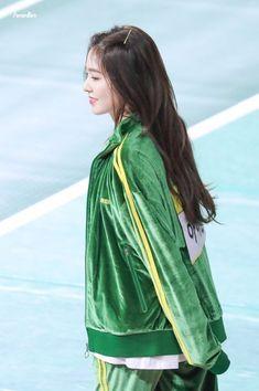 Seulgi, South Korean Girls, Korean Girl Groups, Rapper, Mnet Asian Music Awards, Red Velvet Irene, Famous Girls, Spring Fashion Trends, Swagg