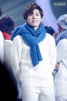 woohyun... reminds me of taeminnie here. :P