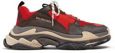 BALENCIAGA Triple S low-top trainers Best Shoes For Men, Men S Shoes, Trending Now, American Fashion, Balenciaga Trainers, Luxury Lifestyle, Watches For Men, Public Transport, Black Rubber