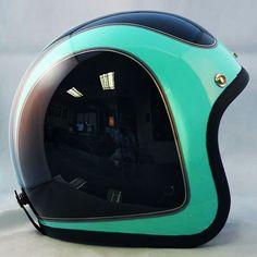 Custom Paint Motorcycle, Motorcycle Design, Motorcycle Style, Motorcycle Gear, Vintage Helmet, Vintage Racing, Custom Helmets, Hard Hats, Helmet Design