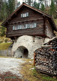 Traditional architacture in Mauterndorf, Salzburg Austria #austria #mauterndorf #salzburg #nature #woods #traditional #architecture