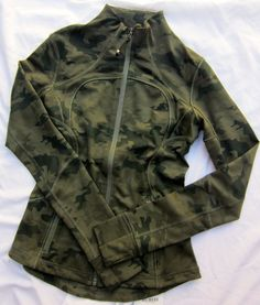 Lululemon Forme Jacket II Savasana Camo Fatigue . I just want one cameo article of clothing in my wardrobe and I think this is it