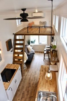 26 'Chateau Shack Tiny Home on Wheels - - DIY House Design - # . - Mobile Häuser - 26 'Chateau Shack Tiny Home on Wheels – – DIY House Design – # Informatio -