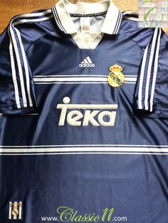 Relive Real Madrid's season with this vintage Adidas away football shirt. Fifa Football, School Football, Football Kits, Football Jerseys, Jupp Heynckes, Liga Soccer, Classic Football Shirts, Real Madrid Football, Vintage Adidas
