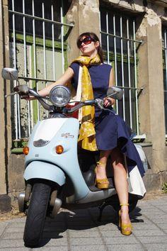 """Knielange Kleider - Kleid """"Neapel"""" - ein Designerstück von Stadtkleid bei DaWanda"""