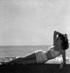Ava Gardner en maillot de bain