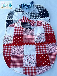 Baberos de patchwork. Baby patchwork bibs.