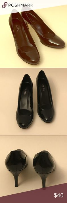 """VANELi Patent Leather Black Pumps Size 8.5 These VANELi patent leather black pumps size 8.5 are in very good pre-owned condition. The outer leather soles show regular wear but the patent leather has no stains or scratches. The heels measure approx. 2"""". Vaneli Shoes Heels"""