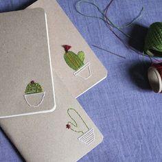 Como fazer um sketchbook com bordado de cactos na capa.