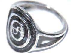 Ola Gorie Rare Vintage Sterling Silver Ladies Ring Size K STUNNING CELTIC DESIGN - http://elegant.designerjewelrygalleria.com/ola-gorie/ola-gorie-rare-vintage-sterling-silver-ladies-ring-size-k-stunning-celtic-design/