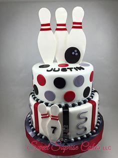 Bowling Cake Sweet Suprise Cakes, LLC. | CAKE GALLERY