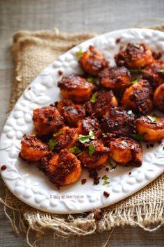 Crisp Prawn Fry – Savory&SweetFood Prawns Fry, Spicy Prawns, Prawn Dishes, Iranian Cuisine, Prawn Recipes, Fall Recipes, Seafood, Fries, Good Food