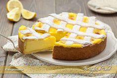 Crostata al limone un dolce profumato con pasta frolla ed una golosa crema al limone. Ricetta facile e con tutti i passo passo perfetta per ogni occasione.