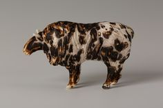 Photography by Robyn Manning Bunting, Sheep, Past, Lion Sculpture, Ceramics, Statue, Photography, Ceramica, Garlands