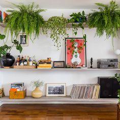 home decor inspo Interior Design Living Room, Living Room Decor, Living Spaces, Interior Decorating, Bedroom Decor, Wall Decor, Casa Retro, Retro Home, Minimalist Apartment