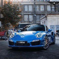 "6,135 Likes, 20 Comments - Porsche Club (@porscheclub) on Instagram: ""Photo via @tobias_henreich"""