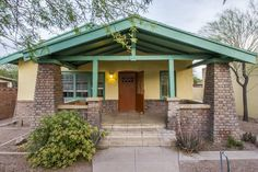 1920 Craftsman - Tucson, AZ - $292,000 - Old House Dreams University Of Arizona, Craftsman Bungalows, Great Restaurants, Old House Dreams, Ceiling Beams, Wainscoting, Tucson, Built Ins, Solar Panels