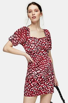 Red Animal Print Poplin Mini Tea Dress Elements Of Drama, Lace Balloons, Pretty Outfits, Cute Outfits, Topshop Style, Jeans Price, Dress Images, Tiered Skirts, Poplin