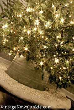 How to Make a Tree Skirt Out of a Galvanized Tub *Video Tutorial*