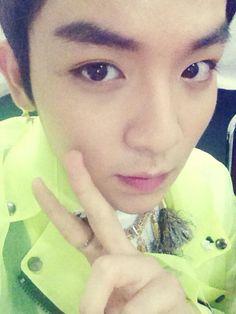 * TEEN TOP * 틴탑 * @TEEN_TOP  초근접 리키셀카 !!!!!!!!!!! pic.twitter.com/LZzkSa5Q9R