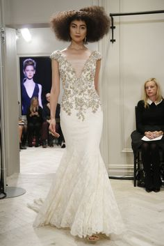 Vestido de novia de Badgley Mischka (FW 2014) #weddingdresses #NYBW