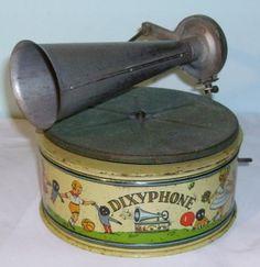 Vintage tin toy gramophone - German