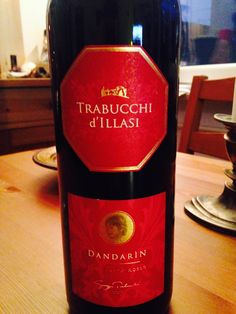 Over the last couple of weeks I've tasted a bunch of wines from the Valpolicella and have also attended two Valpolicella tastings. At the end of thispost I will share all mytasting notes with you.