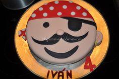 Tarta pirata hecha con fondant