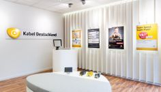 KABEL DEUTSCHLAND  shop concept allover germany | recognition at first sight | classy advertisement in combination with CI