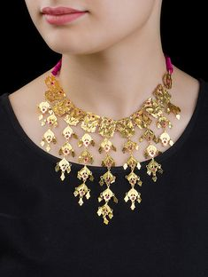 Silver Necklace With Bar Fancy Jewellery, Silver Jewellery Indian, Gold Jewellery Design, Handmade Jewellery, Arabic Jewelry, Buy Jewellery Online, Jewelry Gifts, Jewelry Box, Jewelery