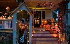 Funny and Cool Halloween Costumes 2013: Halloween Yard Decoration Displays