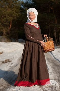 German kirtle renaissance custom medieval dress    Our version of German XV century style dress. Initialy this dress was made as gift for pregnant lady
