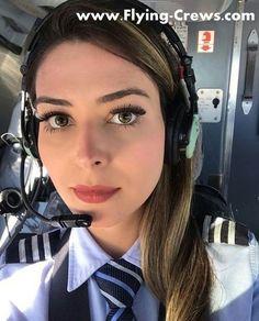 Pre Flight Pilot Training for Wanna Be an Airline Pilot Pilot Uniform, Pilot Wife, Flight Pilot, Commercial Pilot, Commercial Aircraft, Becoming A Pilot, Private Pilot, Private Jet, Airline Pilot