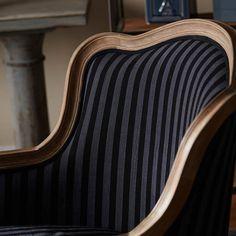 Austine Arm Chair//