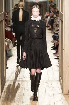 Fall 2016 Couture || Valentino