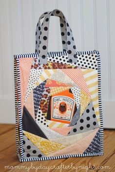 Mommy by day Crafter by night: How to Make a Halloween Trick or Treat Bag