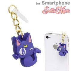 Bandai Sailor Moon Charm Charapin Earphone Jack (Luna) for all SmartPhone