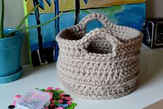 Crochet Chunky Basket With Handles Tutorial
