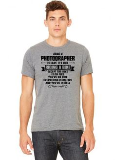 being a photographer copy Tshirt