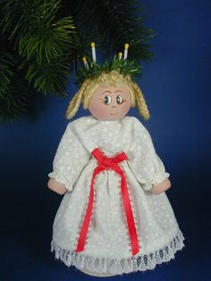 St. Lucy clothespin doll ~ Etsy