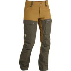 Surprisingly very flattering to the girl form! Keb Trousers W. | Fjällräven