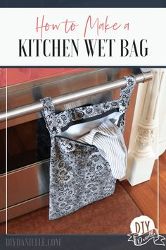 Sewing Projects to Make and Sell - DIY Kitchen Wet Bag - Easy Things to Sew and . - Sewing Projects to Make and Sell – DIY Kitchen Wet Bag – Easy Things to Sew and Sell on Etsy an - Sewing Hacks, Sewing Tutorials, Sewing Crafts, Sewing Tips, Sewing Ideas, Crafts To Sew, Tutorial Sewing, Bag Tutorials, Pouch Tutorial